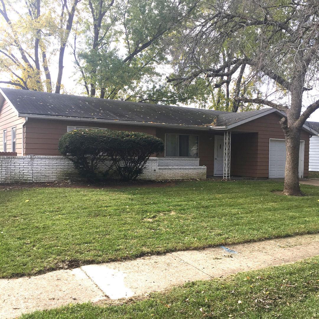 2505 Hathaway Drive, Champaign in Champaign County, IL 61821 Home for Sale