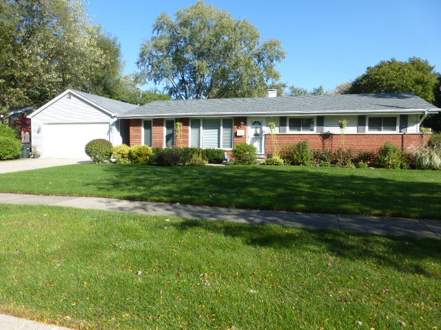 616 West THOMAS Street, Arlington Heights in Cook County, IL 60005 Home for Sale