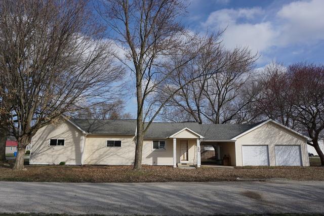 302 East Cedar Avenue Atwood, IL 61913
