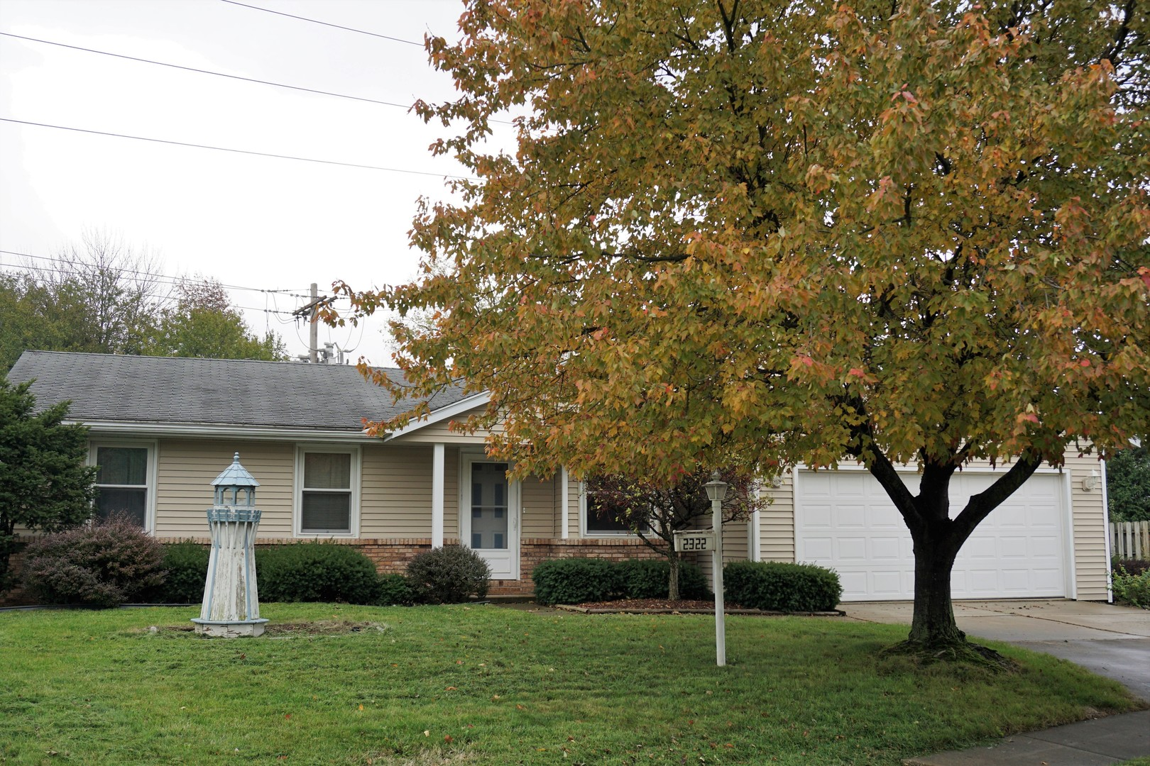 2322 Osage Drive, Champaign in Champaign County, IL 61821 Home for Sale
