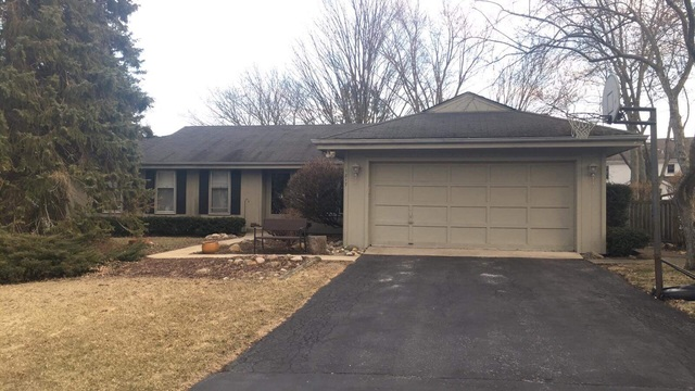1817 Friars Lane, Mundelein in Lake County, IL 60060 Home for Sale