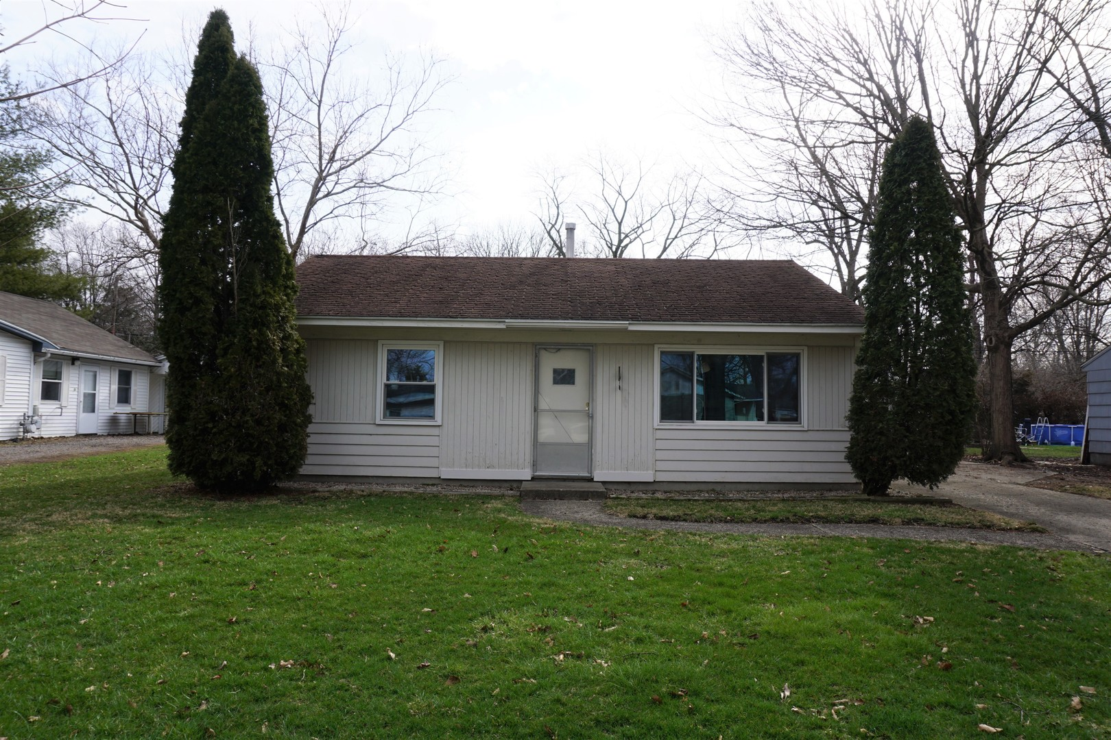 1316 Hollycrest Drive, Champaign in Champaign County, IL 61821 Home for Sale
