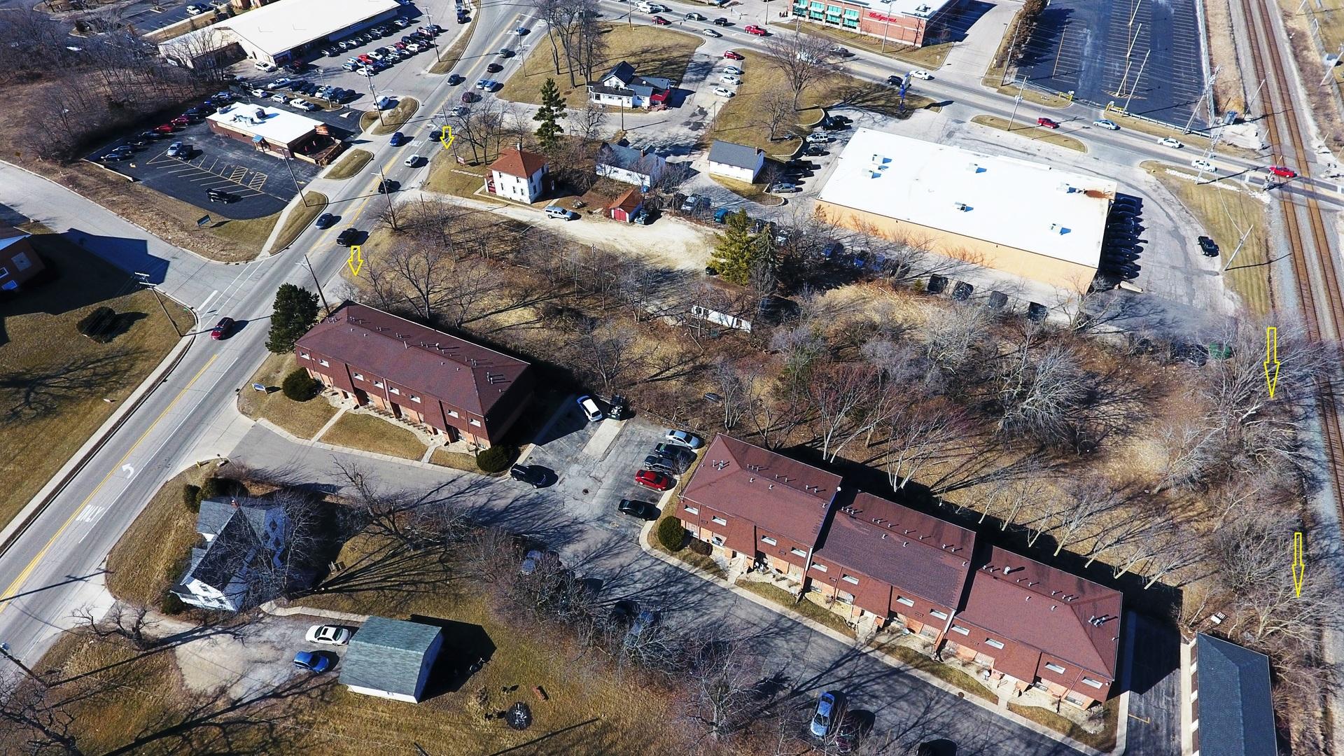1207/11 Main Street Antioch, IL 60002