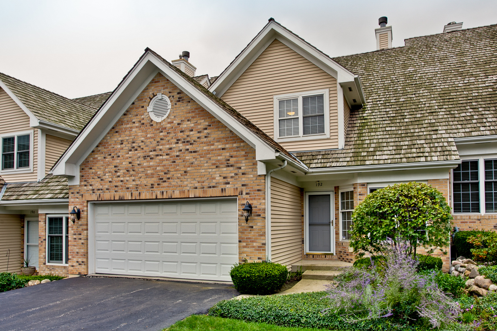 192 Red Top Drive, Libertyville in Lake County, IL 60048 Home for Sale