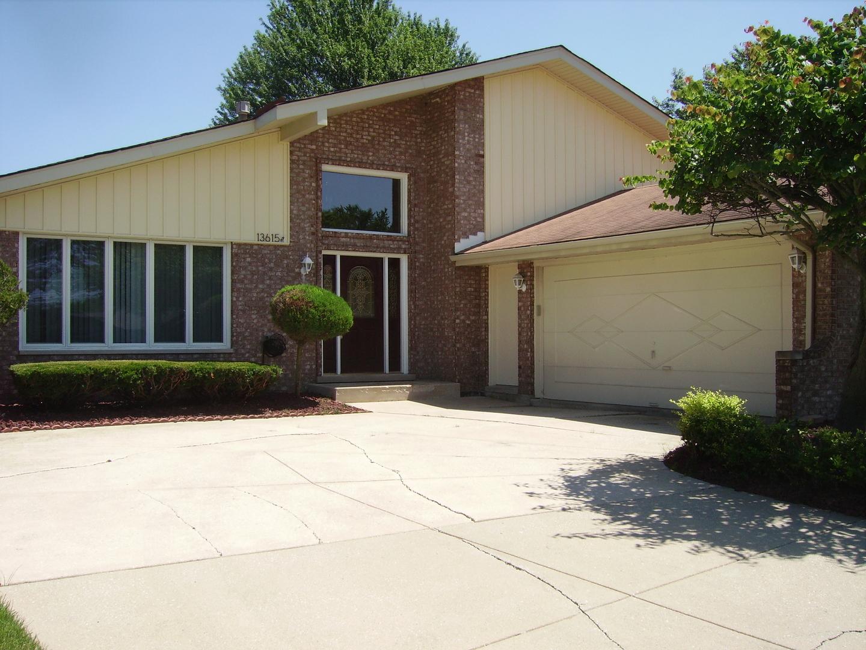 13615 Murvey Court, Orland Park, Illinois