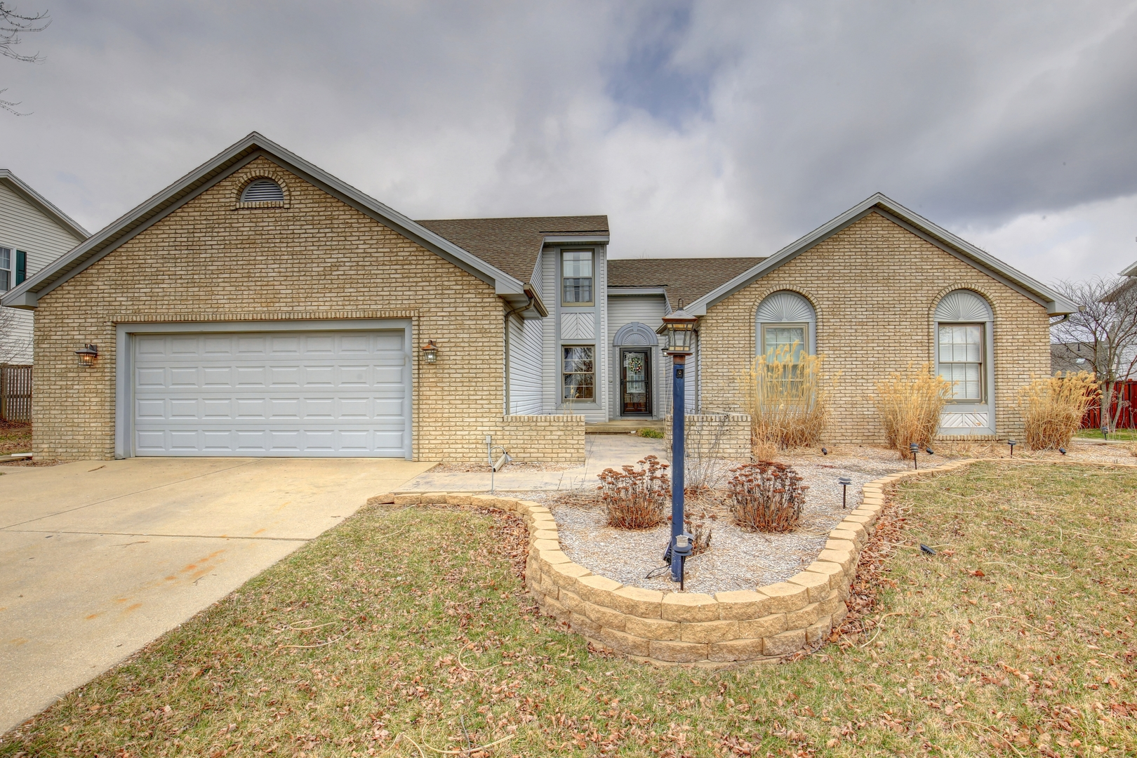 2906 Wedgewood Drive, Champaign in Champaign County, IL 61822 Home for Sale