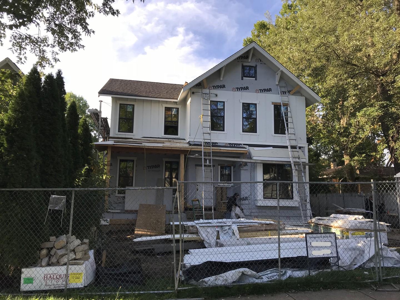 613 East Sunnyside Avenue, Libertyville, Illinois