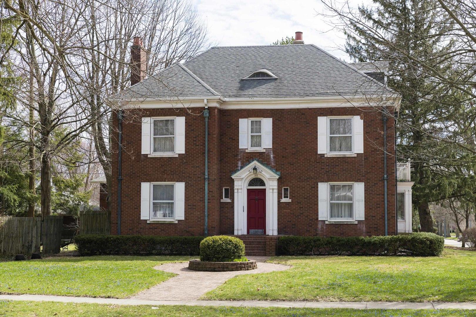 915 West Springfield Avenue, Champaign, Illinois