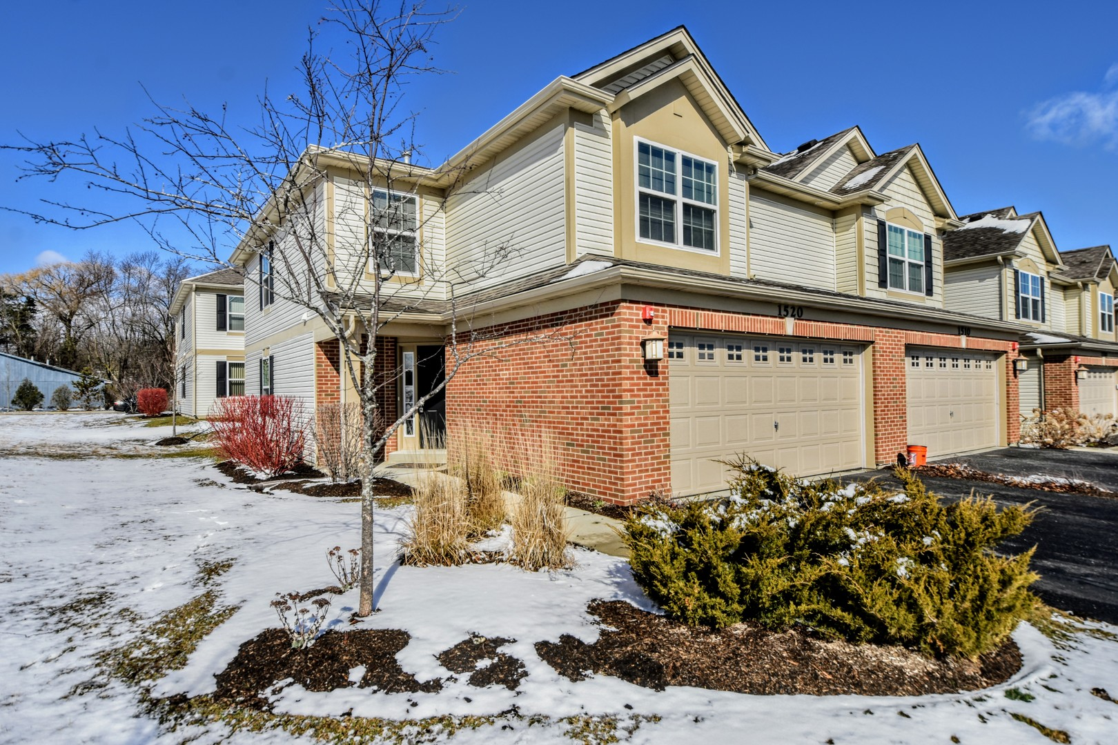 1520 Pauline Circle, Mundelein in Lake County, IL 60060 Home for Sale