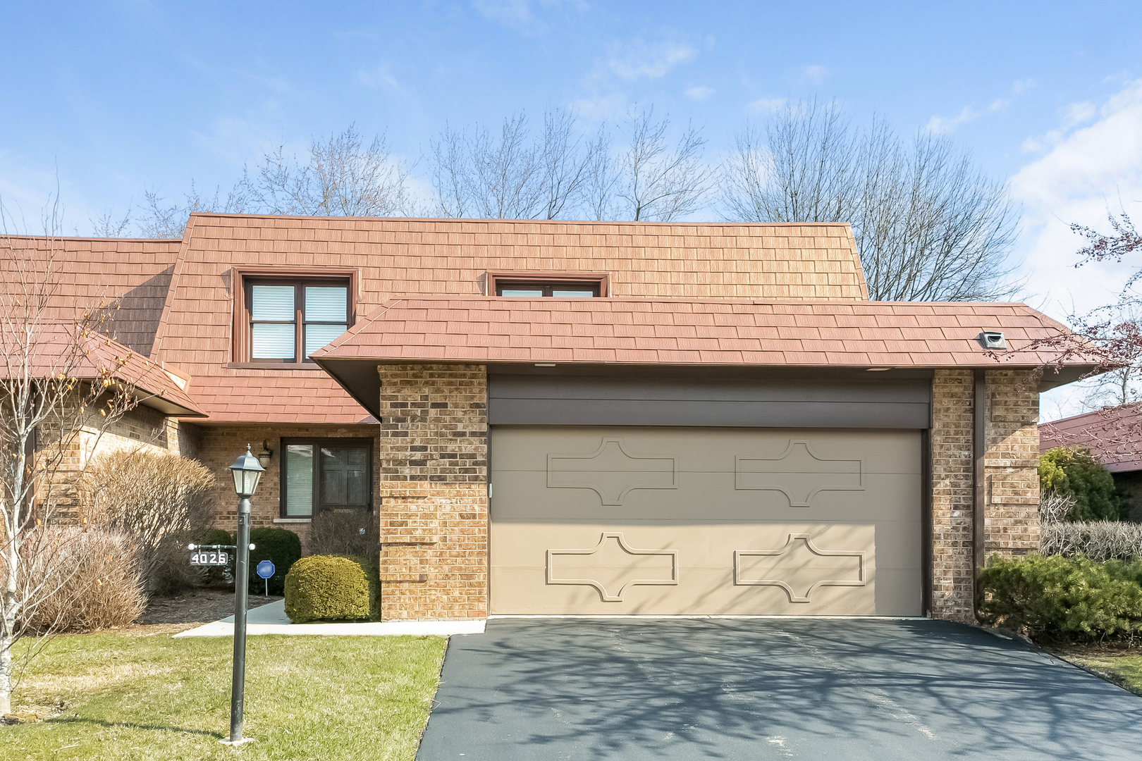 4026 Dundee Road, Northbrook in Cook County, IL 60062 Home for Sale