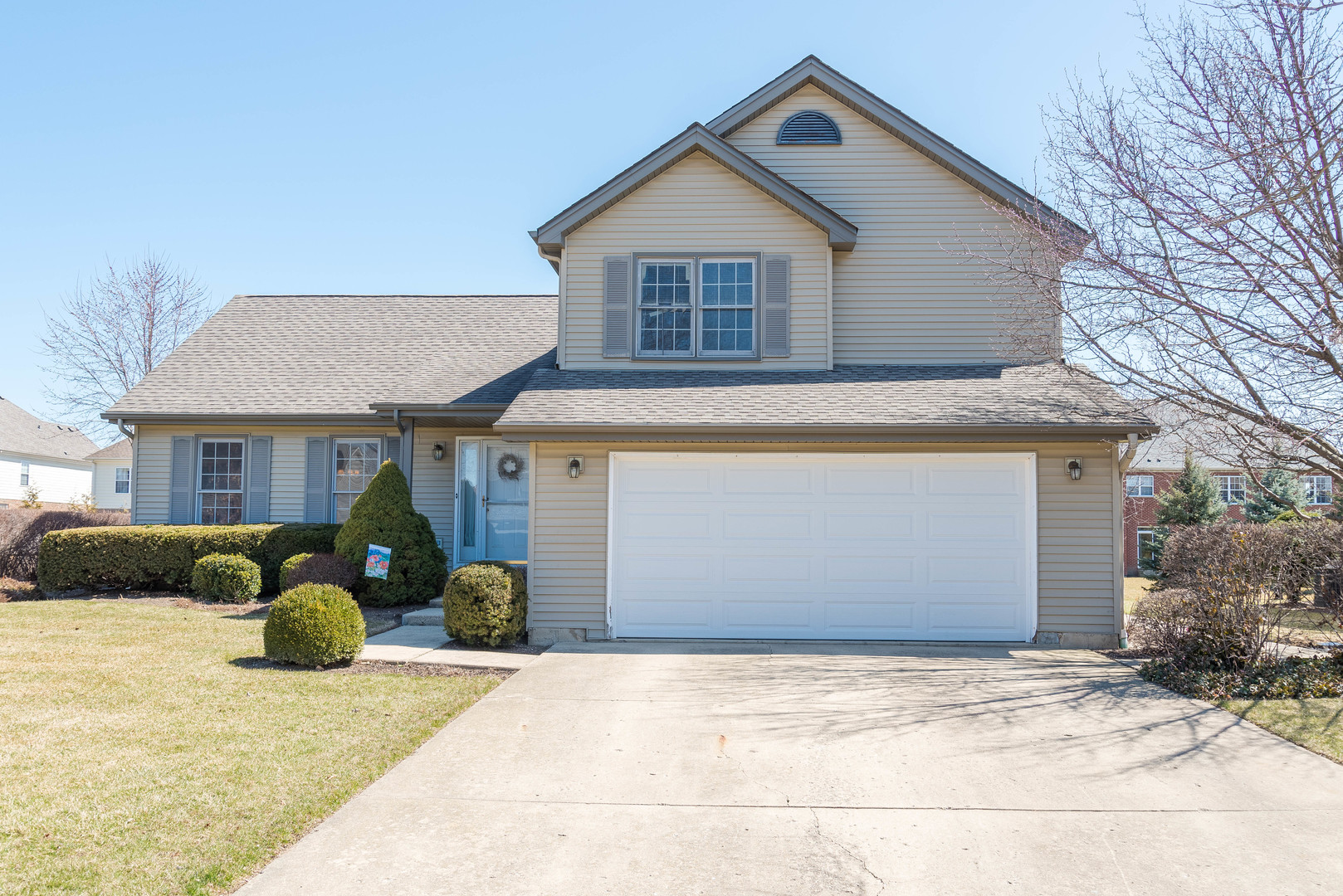 395 Thistle Lane, Lake Zurich in Lake County, IL 60047 Home for Sale