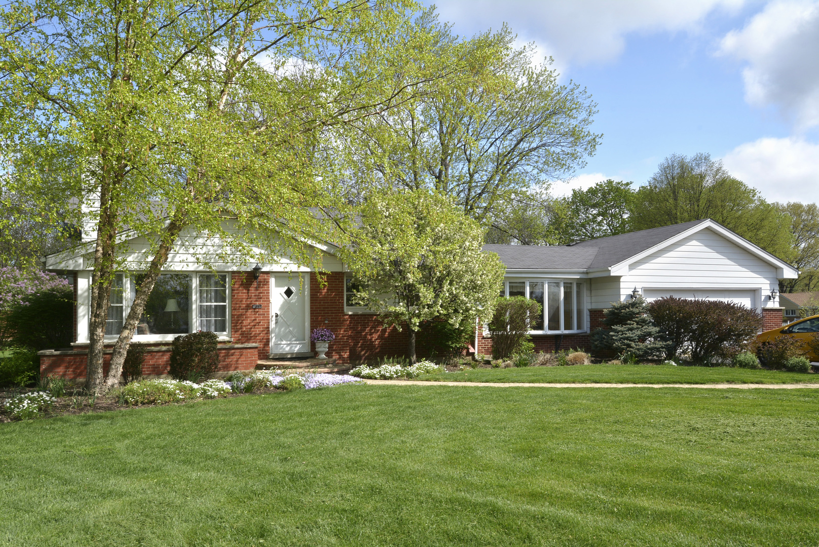 1418 West Saint James Place, Arlington Heights in Cook County, IL 60005 Home for Sale
