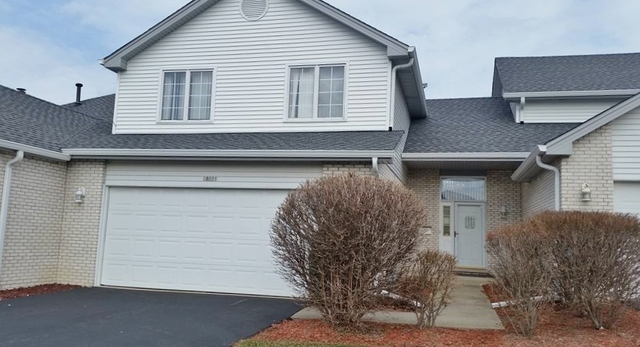 18221 Hummingbird Drive, one of homes for sale in Tinley Park