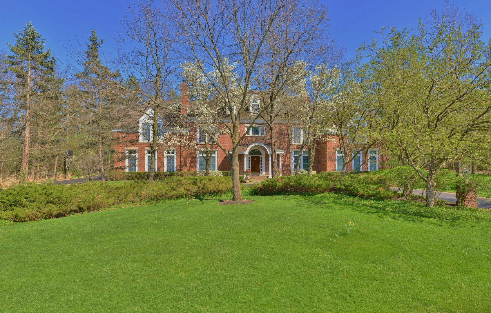 1671 Alexis Court, Lake Forest, Illinois