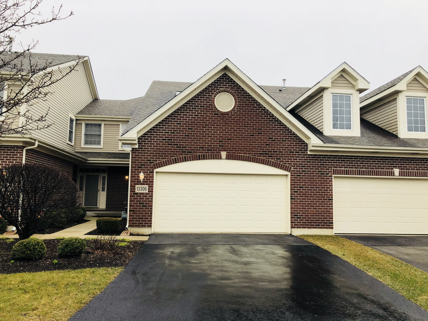 13306 Greenleaf Court, Palos Heights in Cook County, IL 60463 Home for Sale