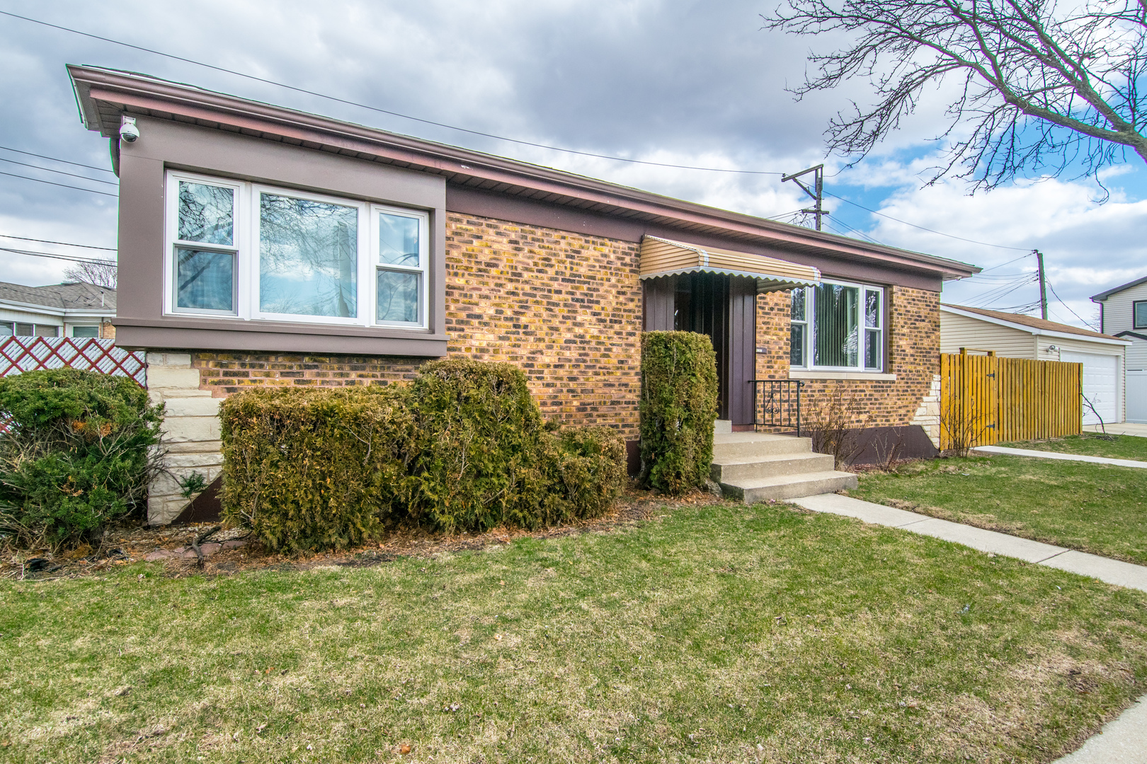 6167 North Overhill Avenue, Chicago-Edison Park in Cook County, IL 60631 Home for Sale