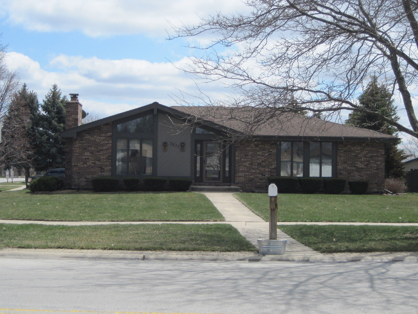 7831 167TH Street, Tinley Park in Cook County, IL 60477 Home for Sale