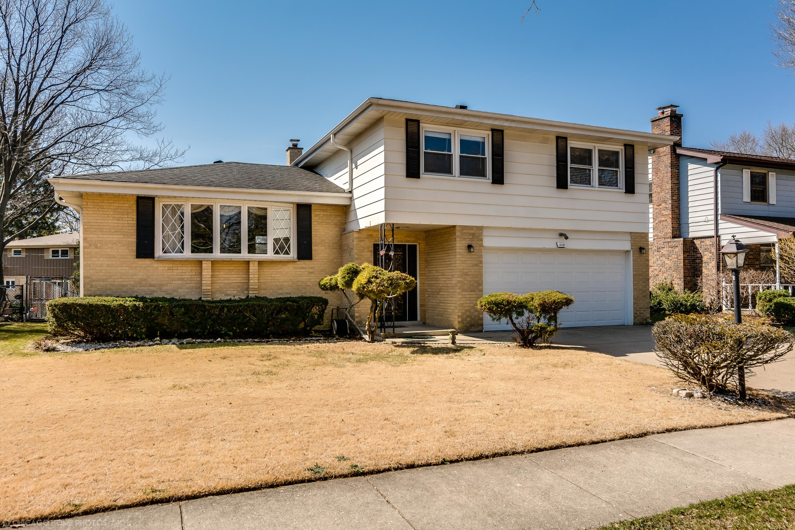 2107 East Euclid Avenue, Arlington Heights in Cook County, IL 60004 Home for Sale