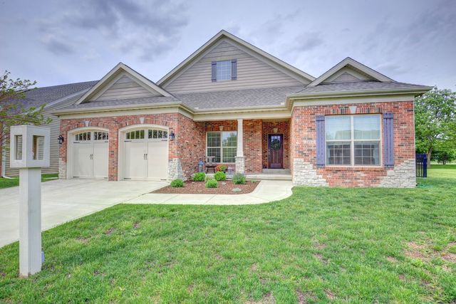 2412 Prairieridge Place, Champaign, Illinois
