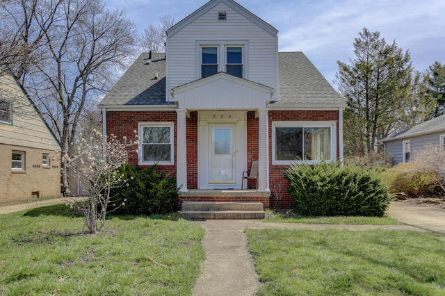 904 South New Street, Champaign in Champaign County, IL 61820 Home for Sale