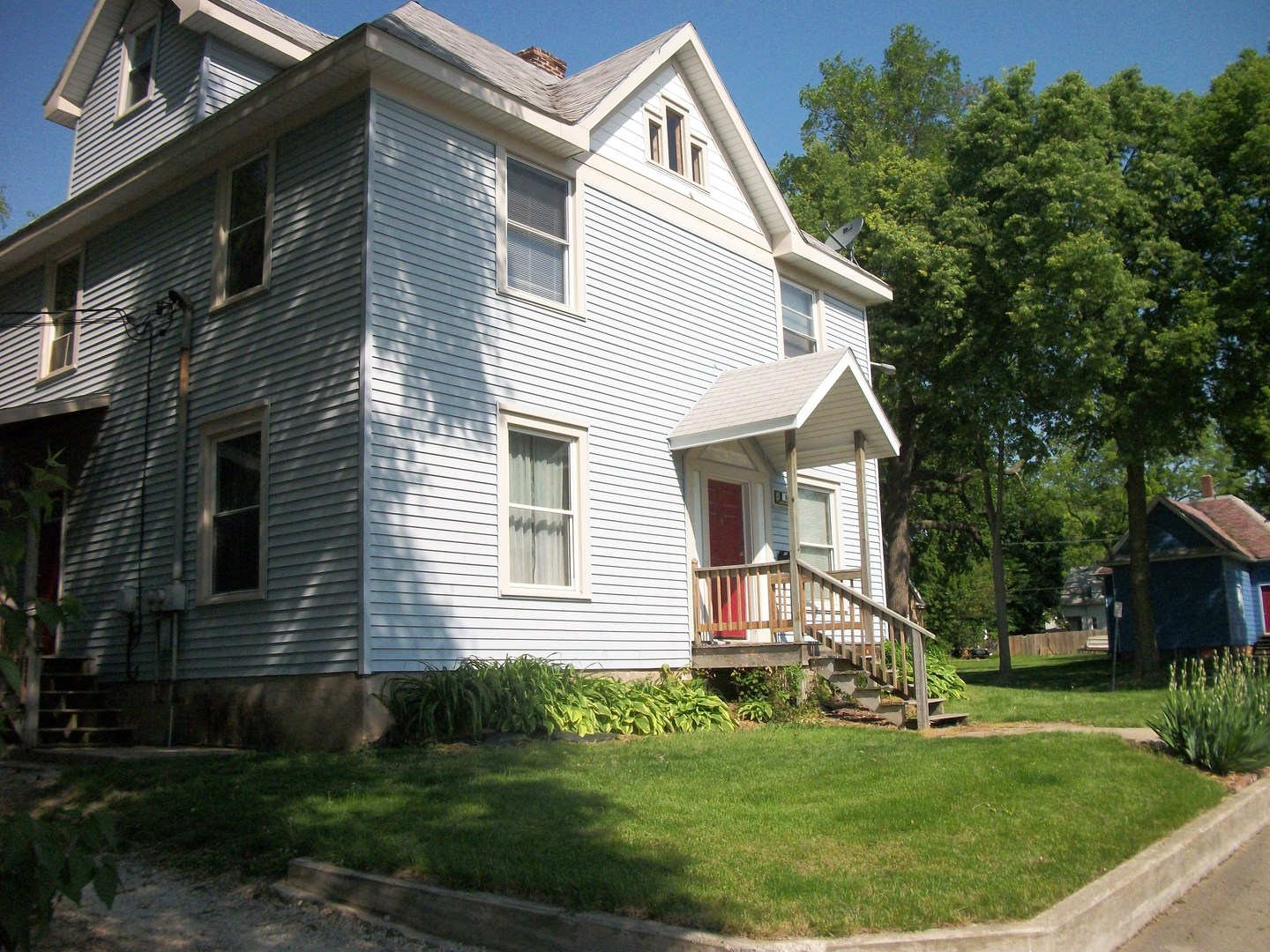 907 North State Street, Champaign in Champaign County, IL 61820 Home for Sale