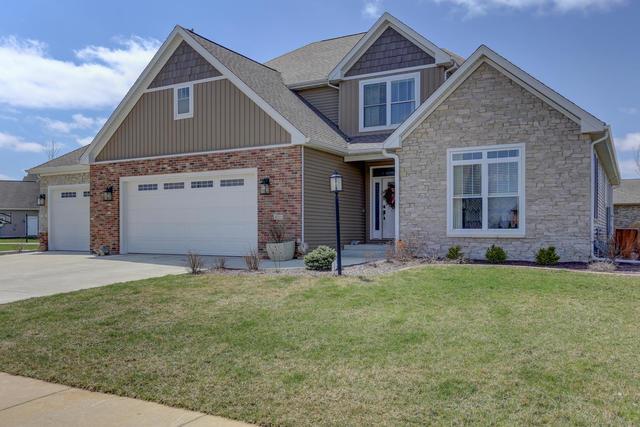 4711 Chestnut Grove Drive, Champaign, Illinois