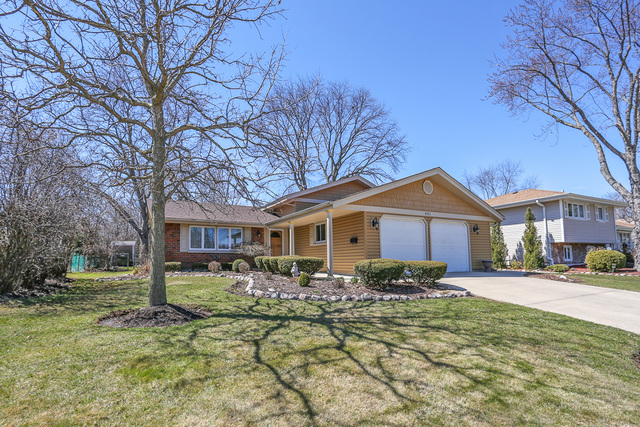 501 Janine Lane, Schaumburg in Cook County, IL 60193 Home for Sale