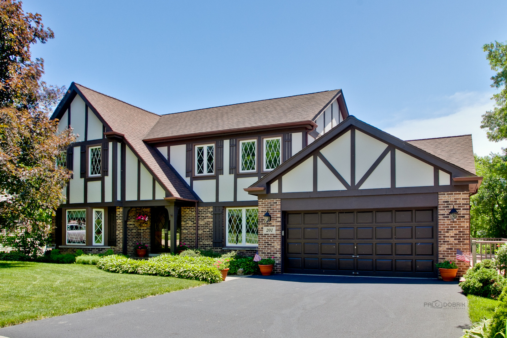 201 Alpine Drive, Lake Zurich, Illinois