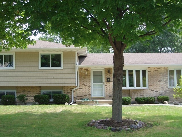 723 Greenwood Road, Northbrook in Cook County, IL 60062 Home for Sale