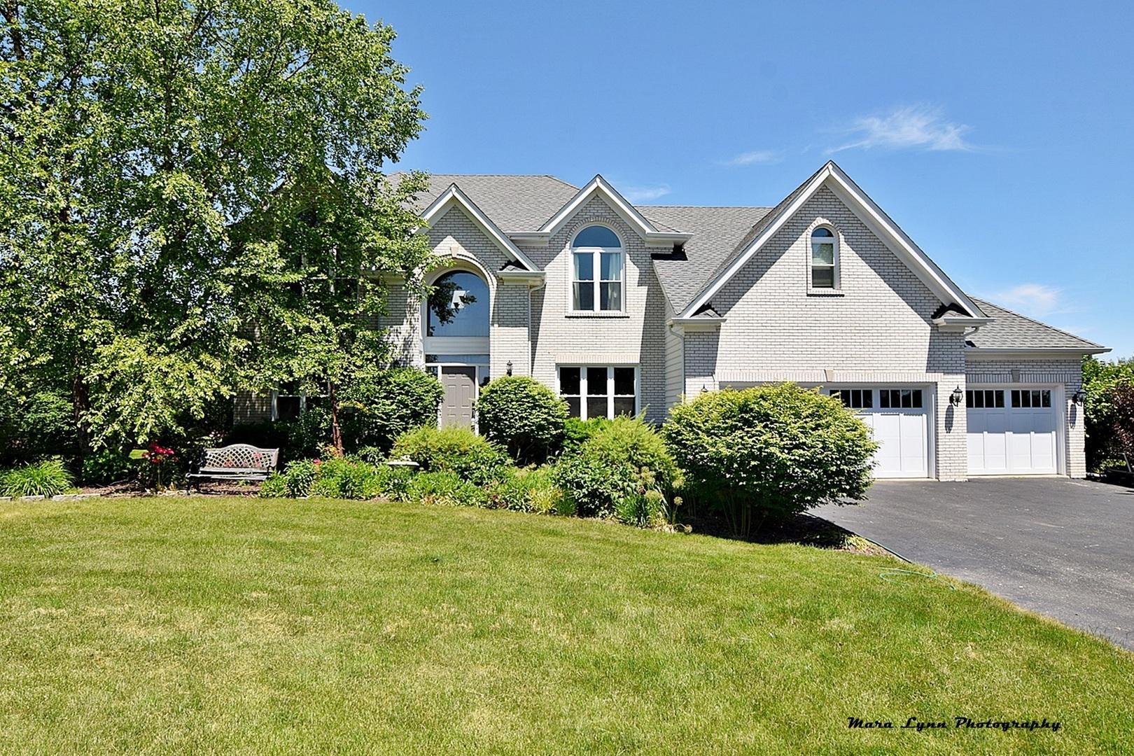 37W532 Schuster Lane, Batavia in Kane County, IL 60510 Home for Sale