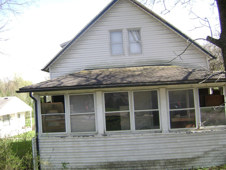 1522 Maple Road, Joliet, Illinois