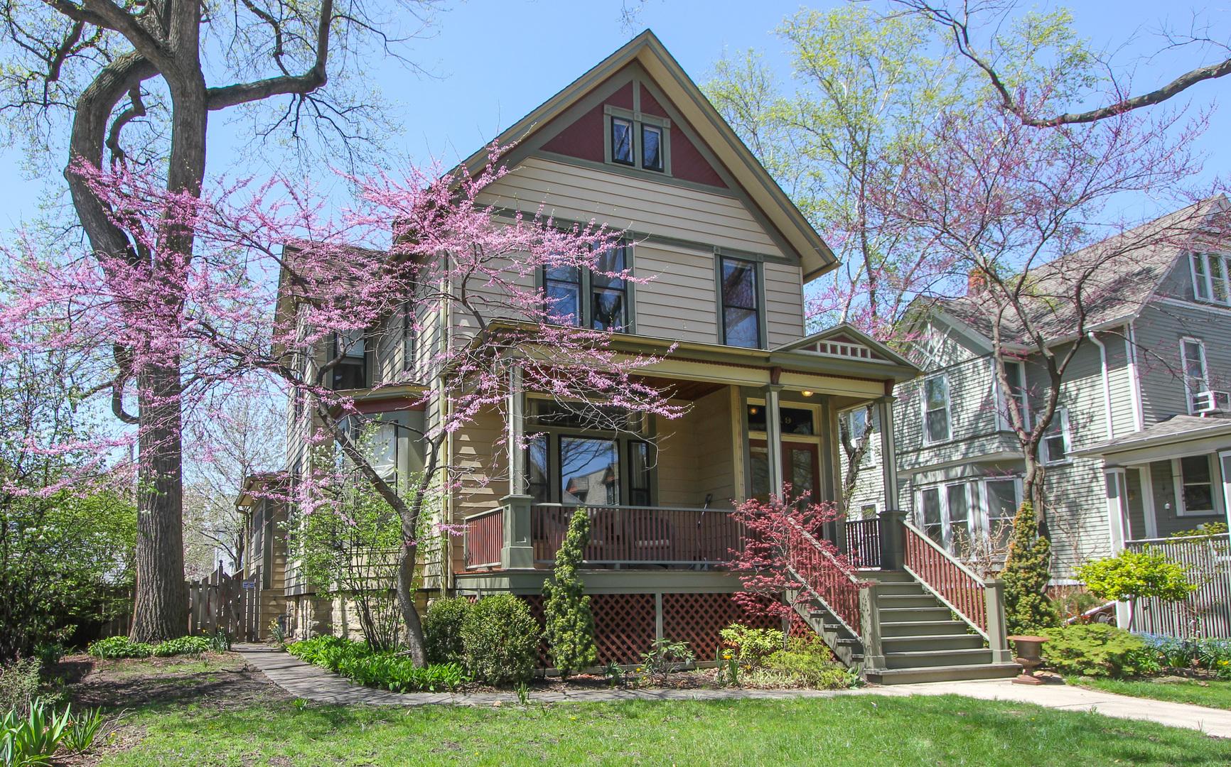 219 South Grove Avenue, Oak Park, Illinois