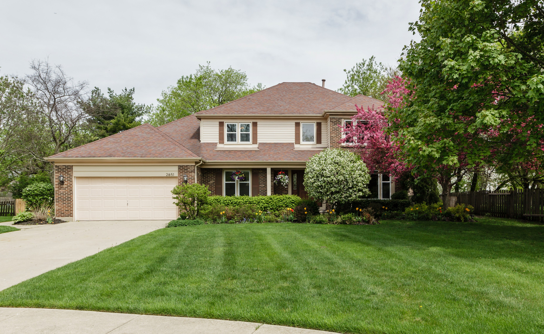 2851 Whispering Oaks Drive, Buffalo Grove in Lake County, IL 60089 Home for Sale