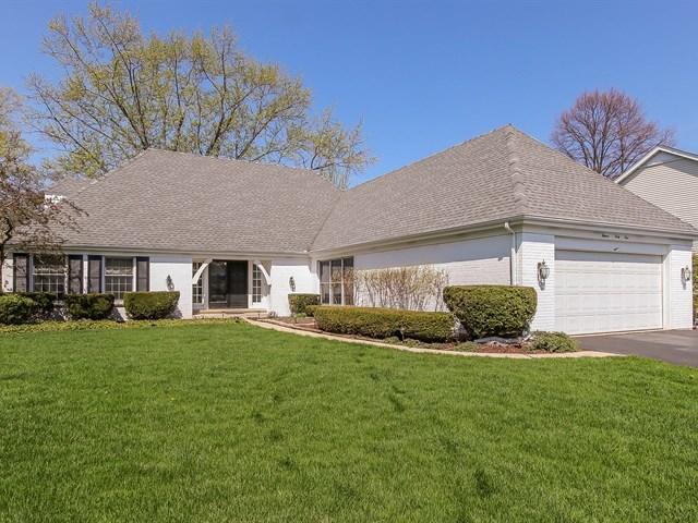 1141 Oak Ridge Circle, Barrington, Illinois
