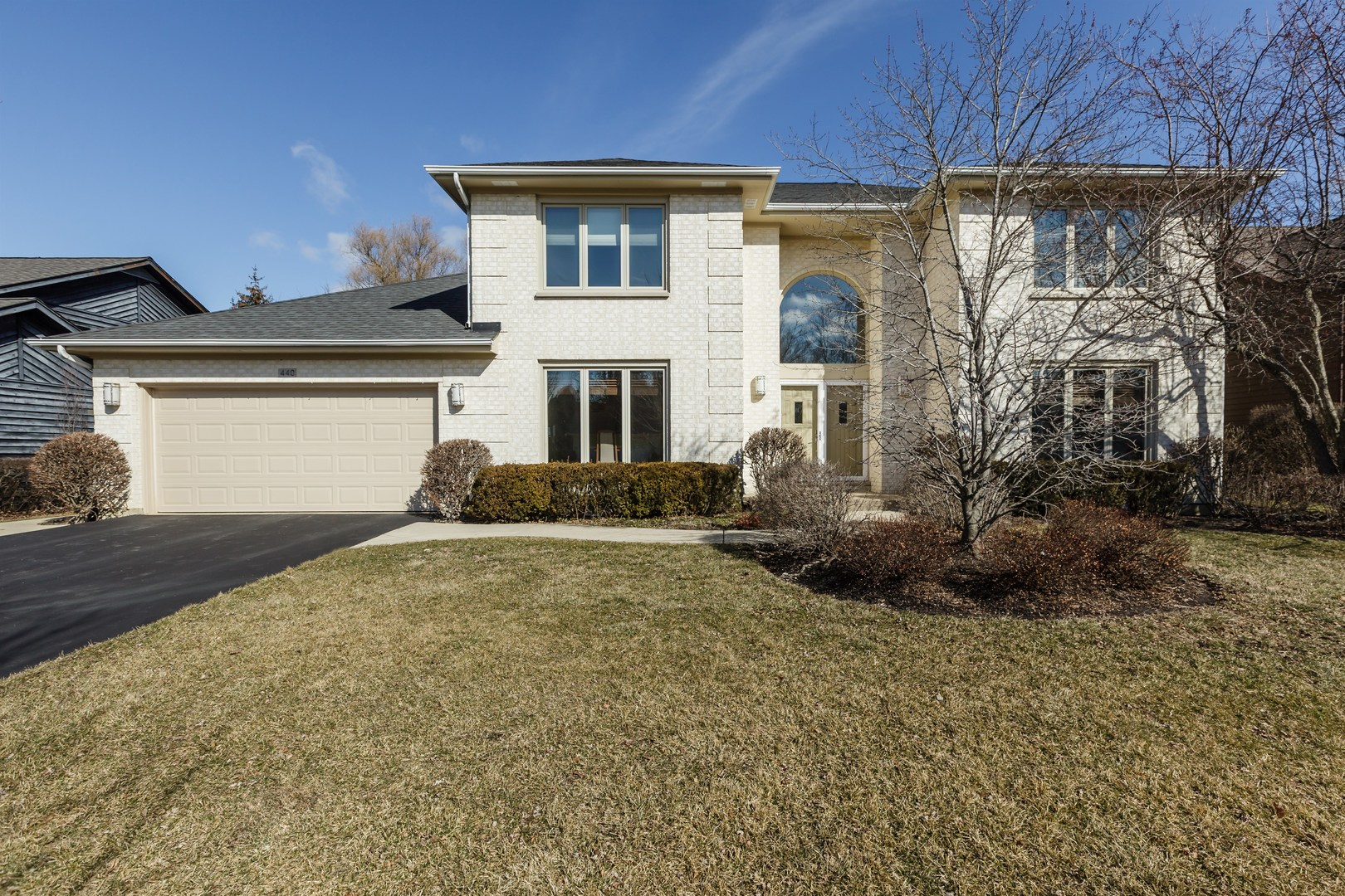440 Newtown Drive, Buffalo Grove in Lake County, IL 60089 Home for Sale