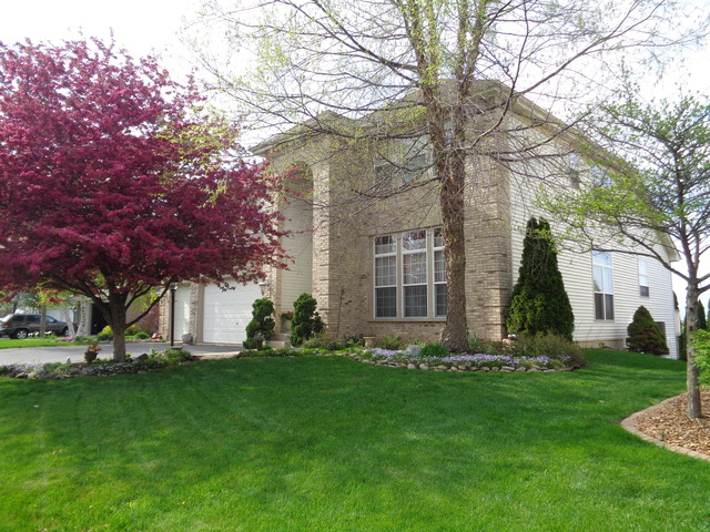 2226 Barrett Drive, Algonquin in Kane County, IL 60102 Home for Sale