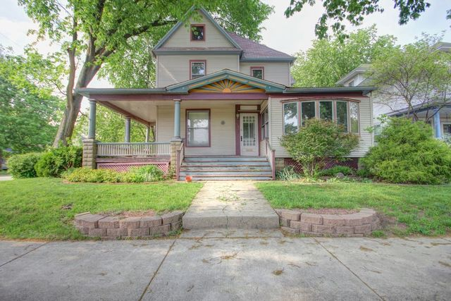 816 West Hill Street, Champaign, Illinois