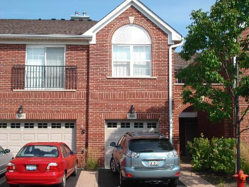 966 Kensington Drive 966, Northbrook in Cook County, IL 60062 Home for Sale