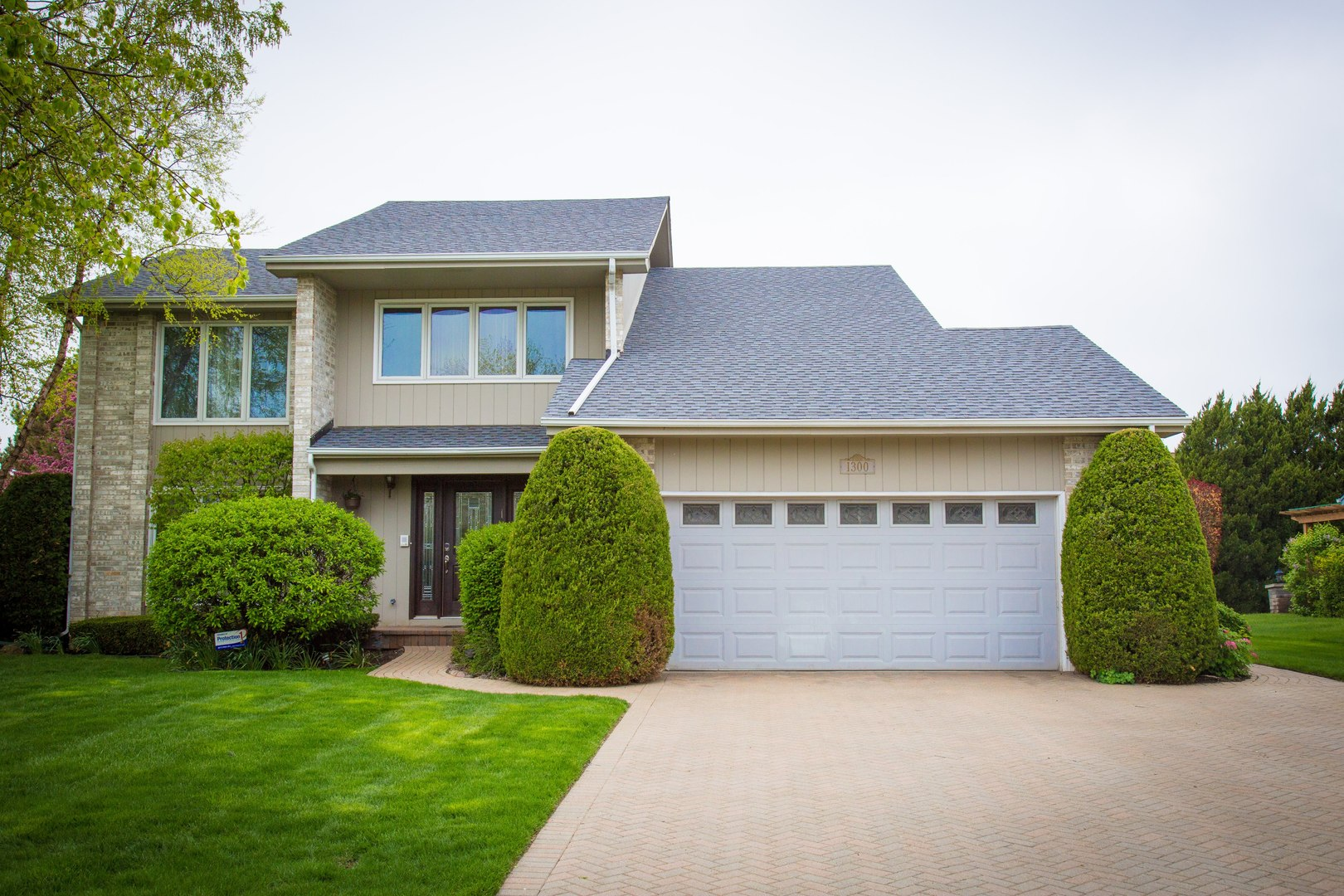1300 Whitney Lane, Buffalo Grove in Lake County, IL 60089 Home for Sale