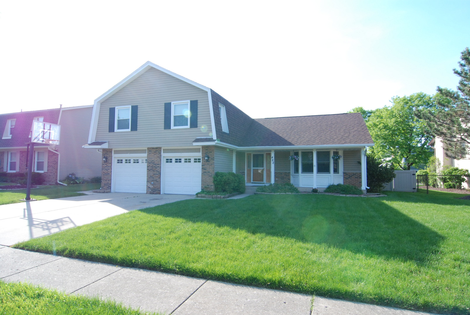 482 FRANKLIN Lane, Elk Grove Village, Illinois