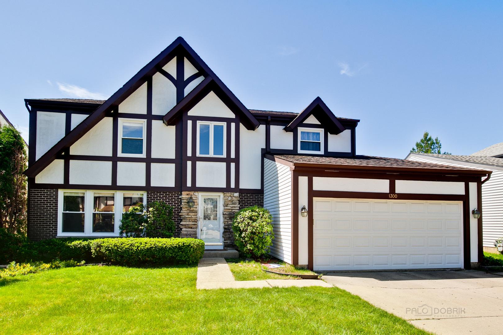 1300 Devonshire Road, Buffalo Grove in Lake County, IL 60089 Home for Sale