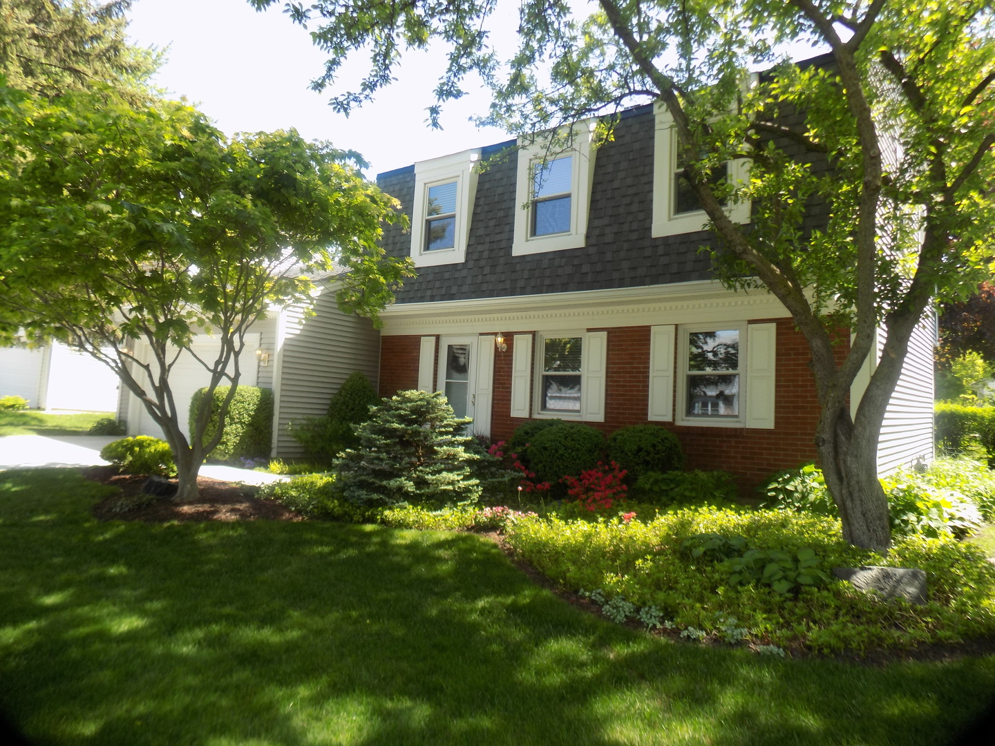 1435 LARCHMONT Drive, Buffalo Grove in Lake County, IL 60089 Home for Sale