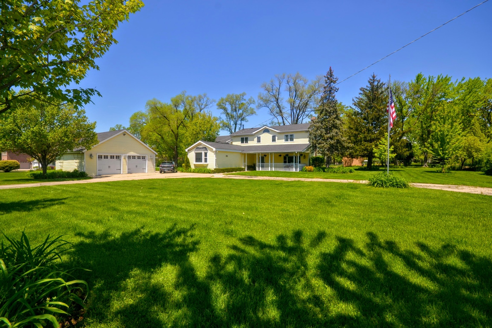4240 Forest View Drive, Northbrook, Illinois