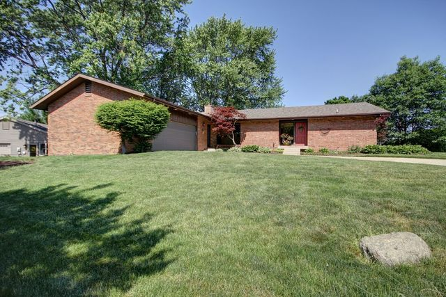2303 Valleybrook Drive, Champaign, Illinois