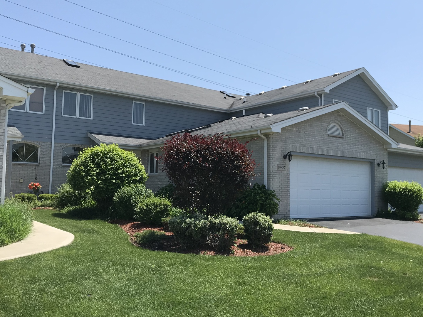 19327 Lisadell Drive, Tinley Park in Will County, IL 60487 Home for Sale