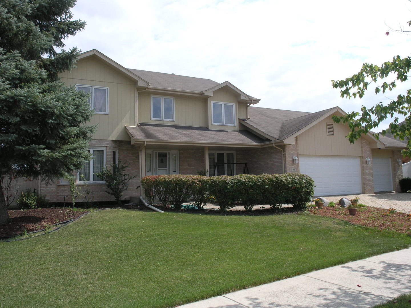 19407 Brookside Glen Court, Tinley Park in Will County, IL 60487 Home for Sale