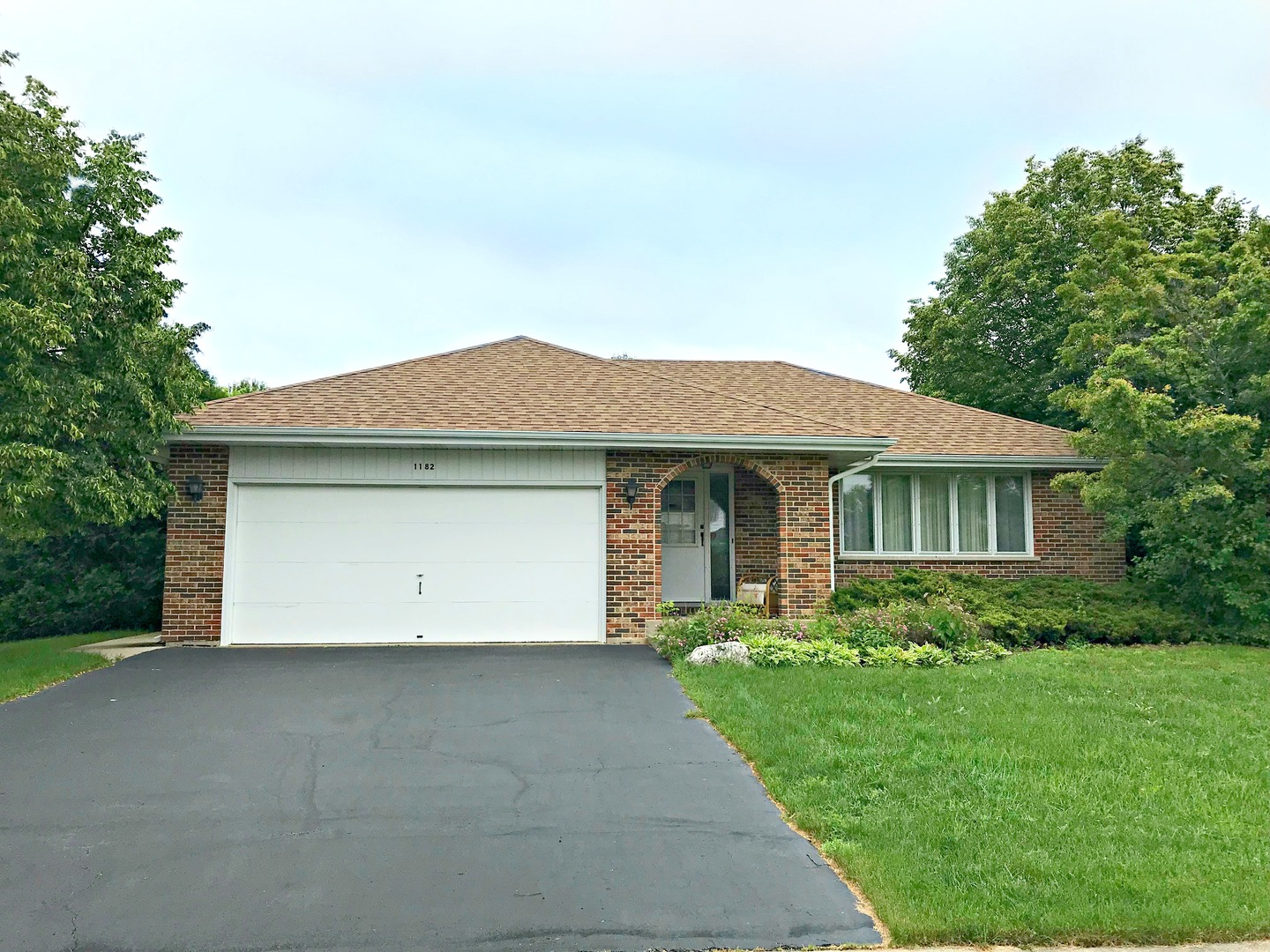 1182 Tracie Drive, Lake Zurich in Lake County, IL 60047 Home for Sale