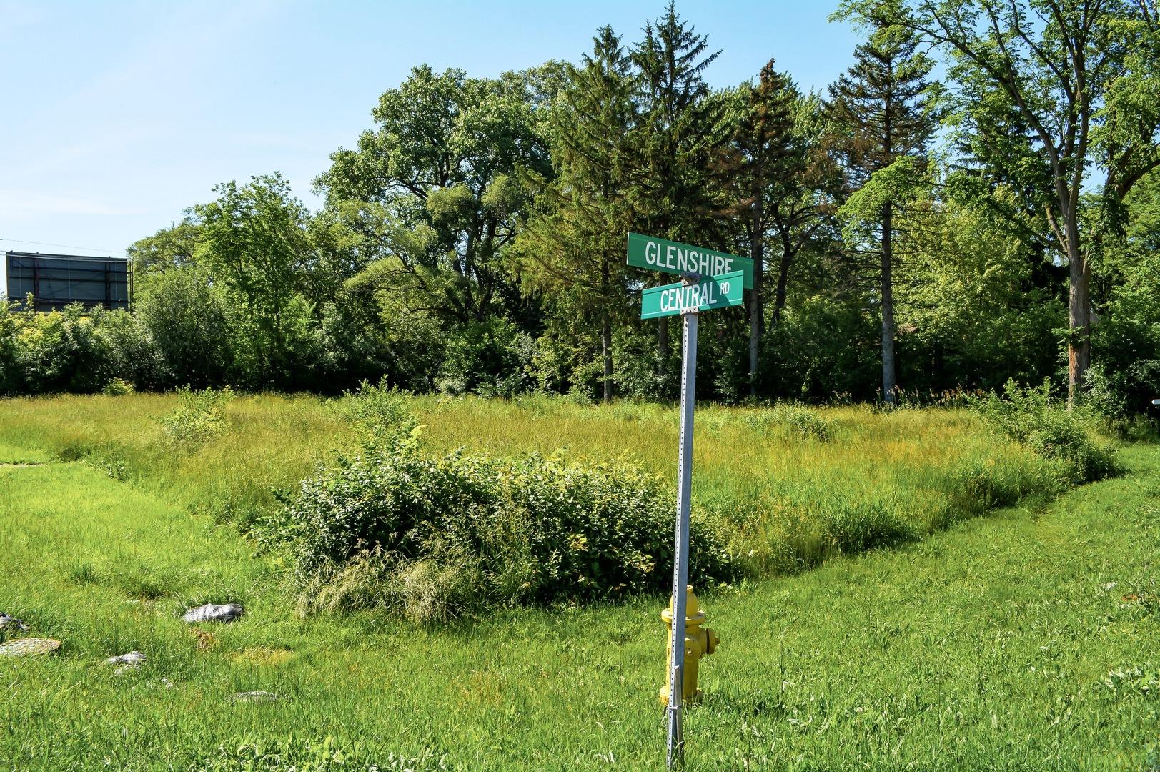 602 Glenshire Road Glenview, IL 60025