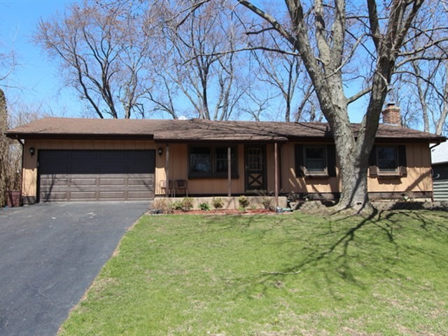 950 Glencoe Terrace, Lake Zurich in Lake County, IL 60047 Home for Sale