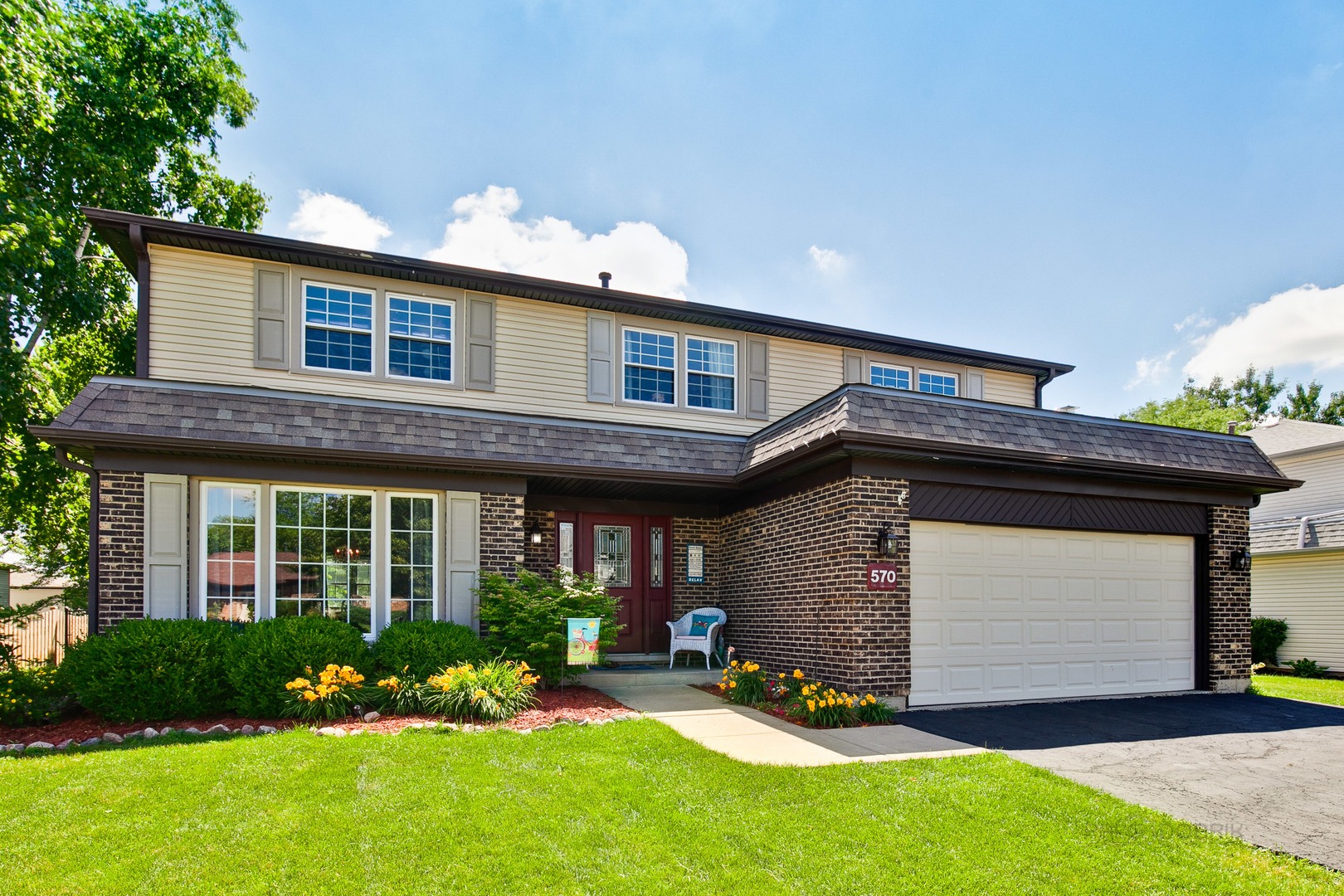 570 Cortland Drive, Lake Zurich in Lake County, IL 60047 Home for Sale